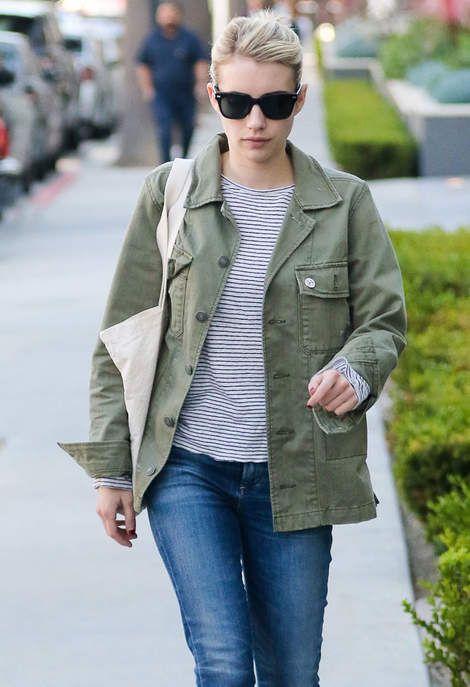 La veste kaki d'Emma Roberts