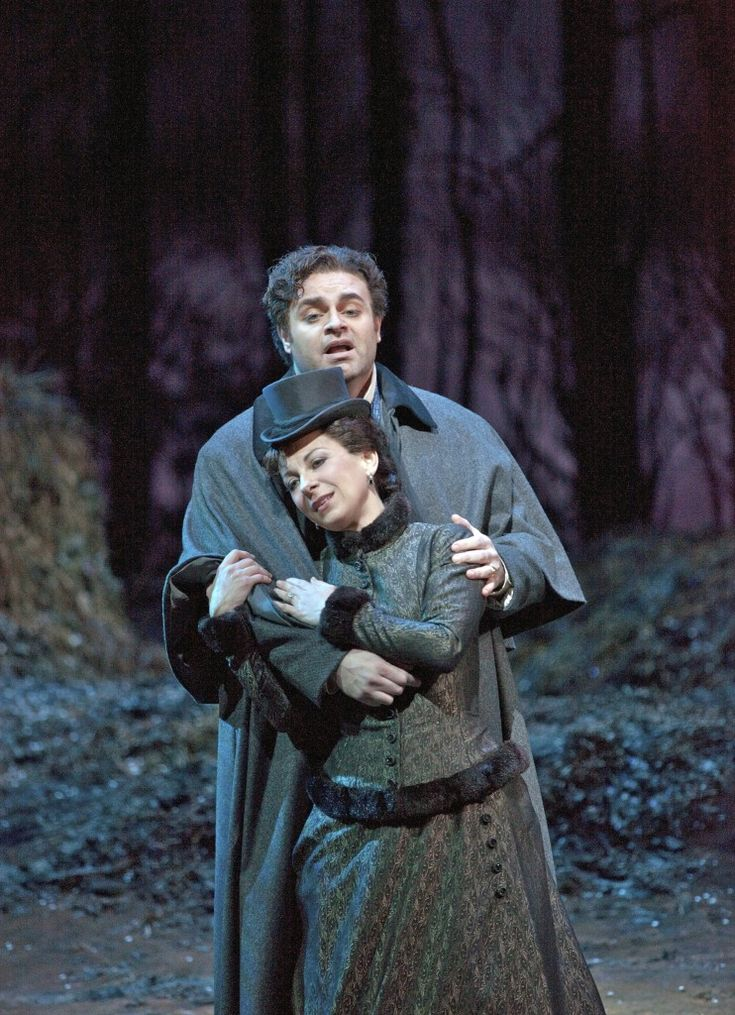 lucia metropolitan dessay Lucia di lammermoor, with french soprano natalie dessay in one of her greatest roles as donizetti's fragile heroine, will air on great performances at the met sunday, june 26 at 12 pm et on pbs (check local listings.