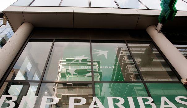 La BNP condamnée pour avoir trompé des milliers de clients. La banque française s'est vue infliger lundi une amende de 187 500 euros pour pratique commerciale trompeuse. En cause, un produit d'épargne qui a coûté cher à ses contractants.