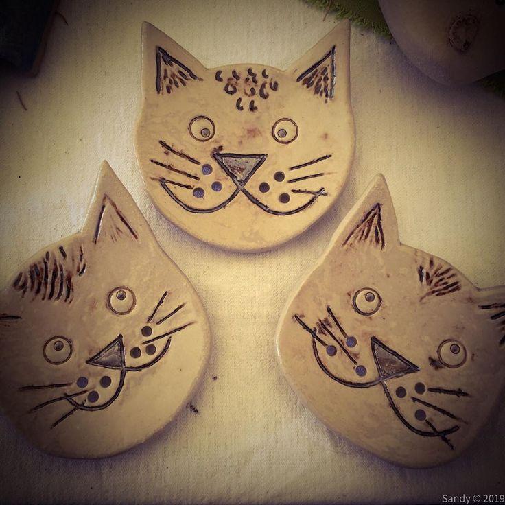 Ich bin ja nicht nur ein Enten- sondern auch ein Katzenfan. Also sind diese Seifenschalen entstanden. Gefallen sie euch?