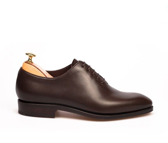 CARMINA - Mens lace-up wholecut Oxford. Made in Spain.