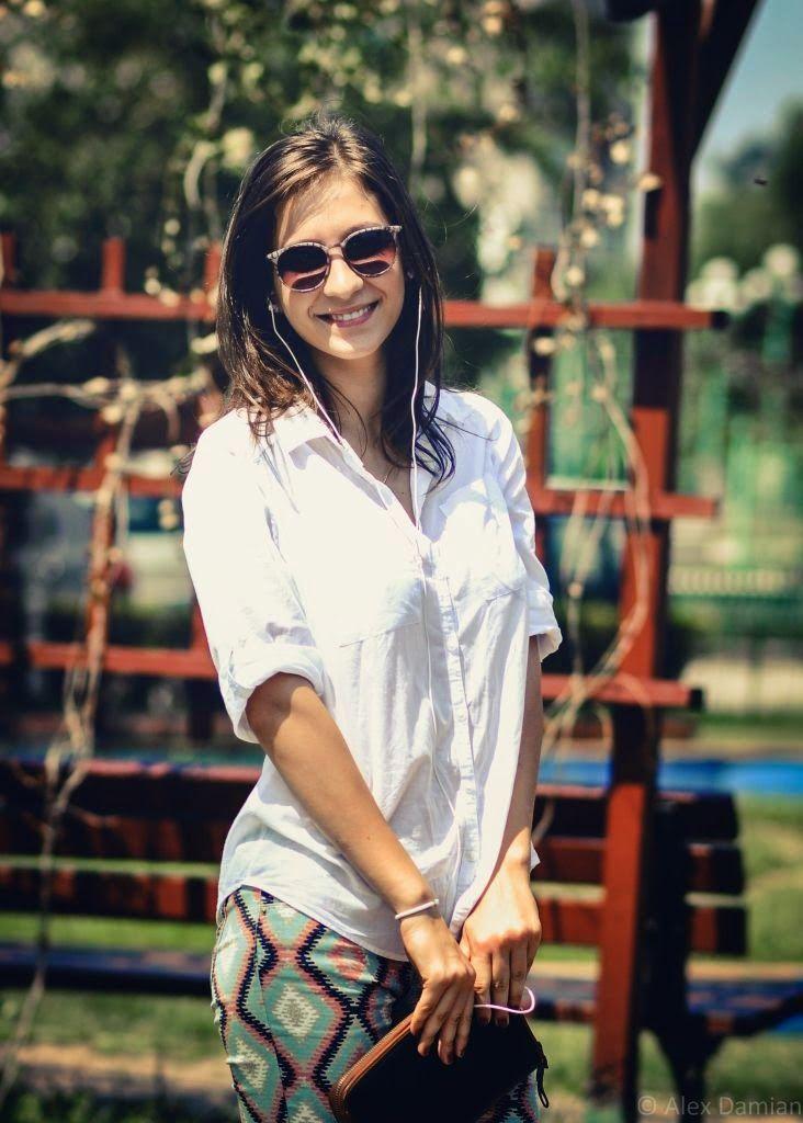 Kathrin la #ascultacumine pe www.alexdamian.ro