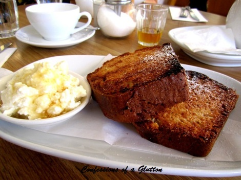 My visit to the Surry cafe of Sydney's King of breakfast & brunch: Bill's