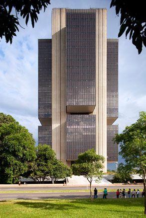 Central Bank | 1976-1981 | Brasilia, Brazil | Helio Ferreira Pinto