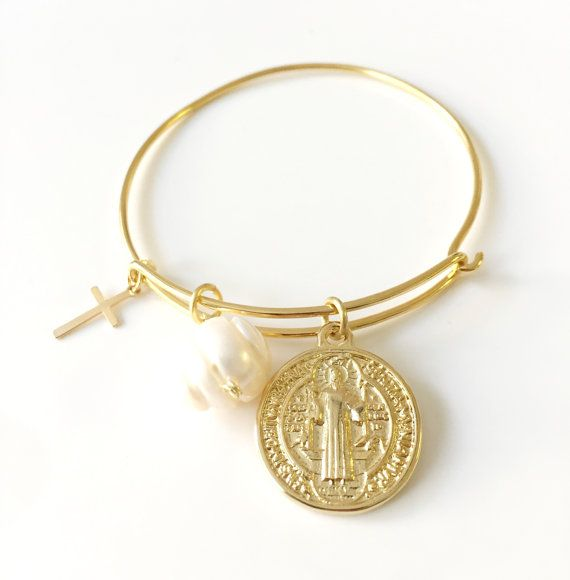 Gold Plated bracelet, Woman Bracelet, Religious Gift, Woman gift, Bold Snag-less Bangle, San Benedict medal