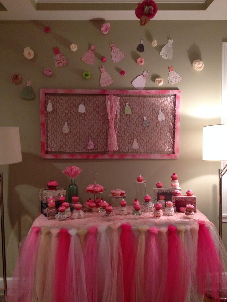 Mesa de cupcakes cumplea os de ni a elin 39 s birthday - Mesa shabby chic ...