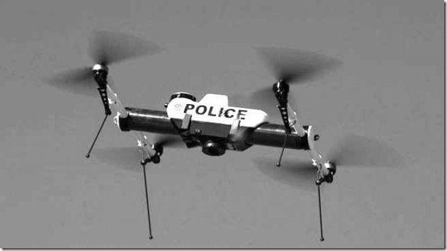 """Perkembangan Teknologi... Jangan Kaget Jika Ada Drone Polisi Lalu Keluarkan Surat Tilang  ilustrasi  Apakah Anda bisa membayangkan ada sebuah drone polisi supercepat yang bisa melesat di jalan raya tanpa ditumpangi namun bisa mengeluarkan surat tilang bagi pemilik kendaraan yang melanggar batas kecepatan?  Ya ternyata desain drone polisi model demikian sudah ada saat ini. Drone tersebut bernama Interceptor dan bisa segera menjadi sebuah kenyataan. """"Ini hanya evolusi alami dari sebuah…"""