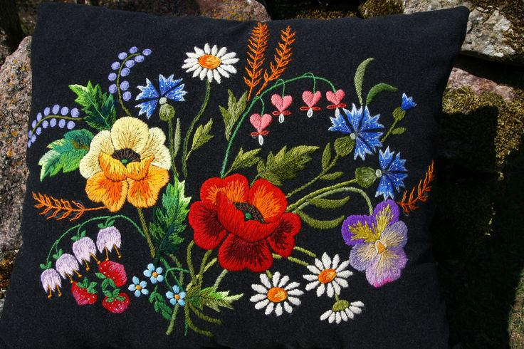 embroidery of Muhu island
