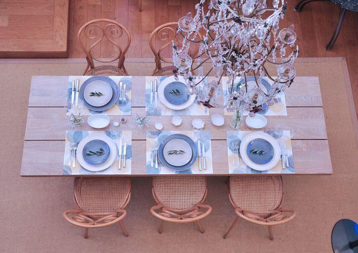 Tableware im Leuchtenshop  Im Rahmen eines vorweihnachtlichen Pop-ups verkauft das Unternehmen Plain seine ausgesuchte Tableware im Leuchtenshop von Katharina Franke.