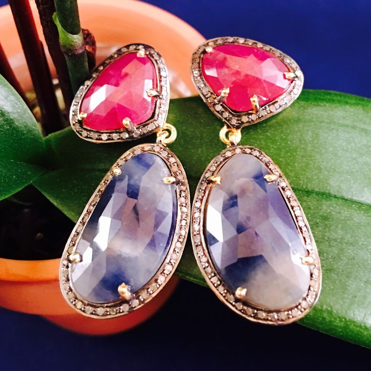 One of a kind Mothers Day gifts - Sapphire, Ruby and Diamond Earrings  #happyfriday #glamorouslife #earrings #designtatva