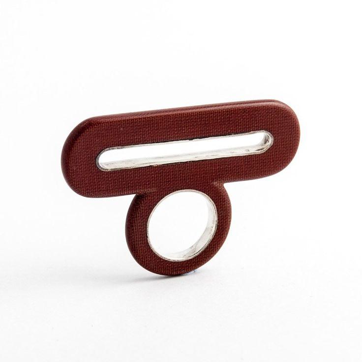 Kecskés Orsolya - Textilbakelit gyűrű