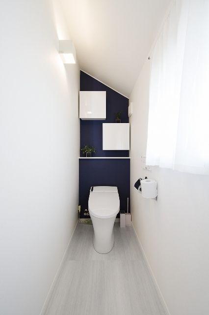 トイレ : アクセントウォールのアイデア集【インテリア壁紙】 - NAVER まとめ