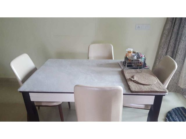 4 Sitter Dining Table With Chairs With Images Dining Table