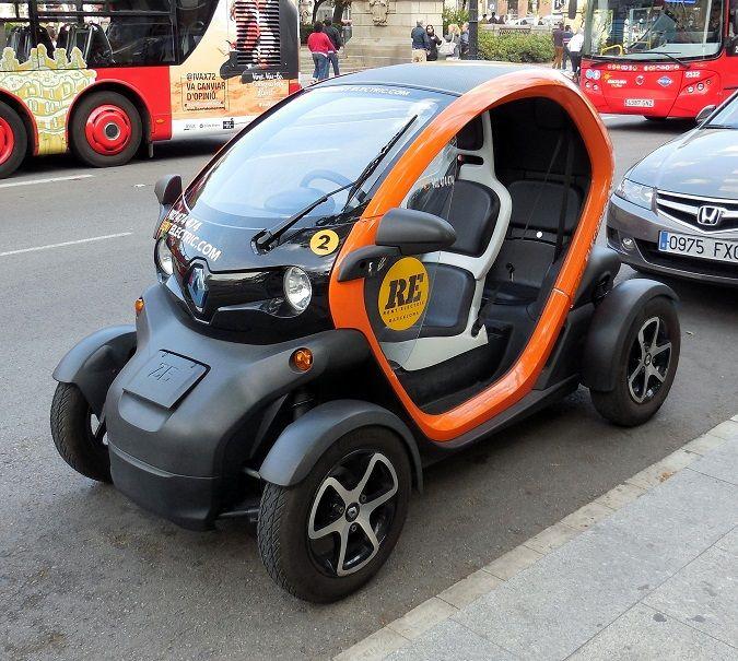 Renault 2 Seater Electric Car Futuristic Cars Electric