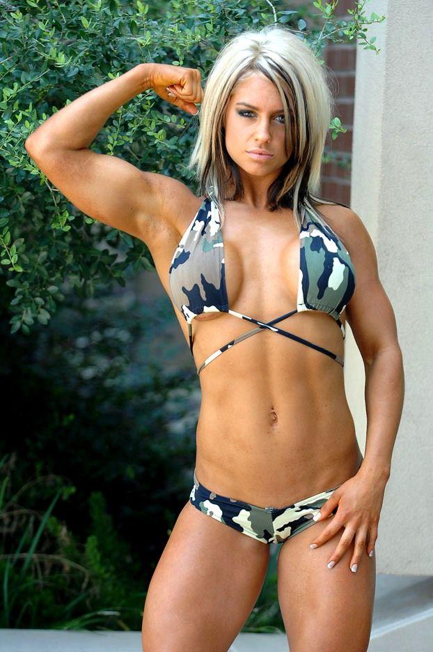 Bonin celeste wwe diva kaitlyn bodybuilding tips - Diva my body your body ...