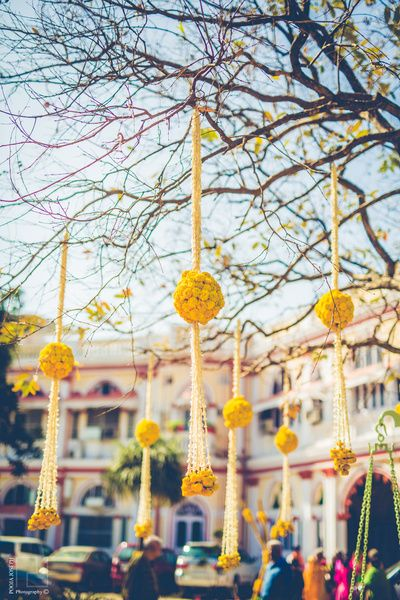 floral decor, genda phool, hanging flowers, white and yellow flowers