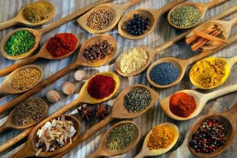 Prevenire il cancro con erbe aromatiche e spezie