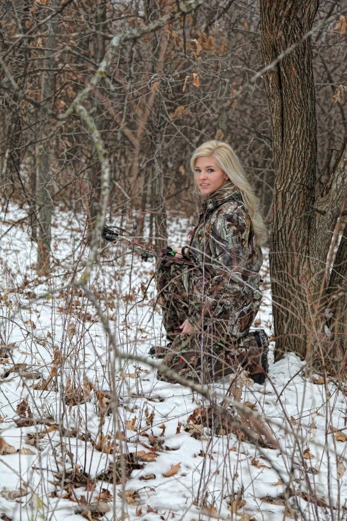 Miss Kansas is a Deer Hunter! Awesome bow skills from the looks of these shots. Killer : ) Don't care for pageants but she better win!
