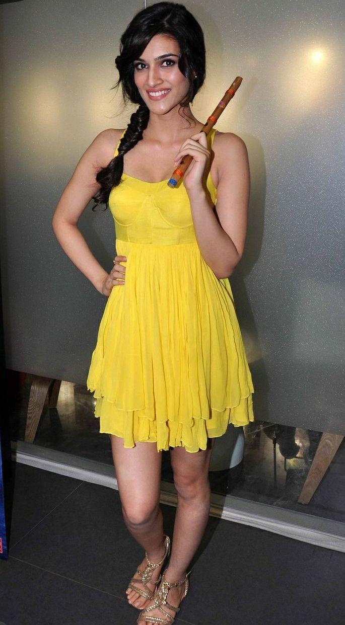 Kriti Sanon Image #KritiSanon #FoundPix #Bollywood