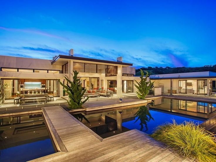 Contemporary Hill Home With Beautiful Gardens And Pool : Home Exterior  Design Among Modern Home Shaped