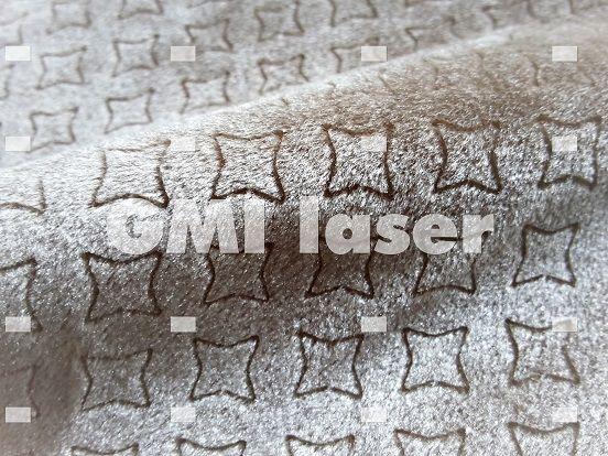 Velluto inciso. Realizzato con il sistema di taglio e incisione tessuti GMI laserbridge e software disegni laser e ricamo GMI Stilista3