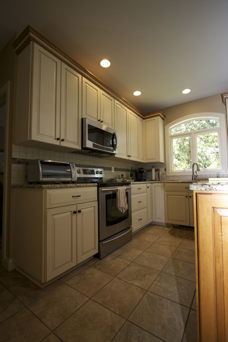 1000 images about transitional kitchens on pinterest for Transitional style kitchen
