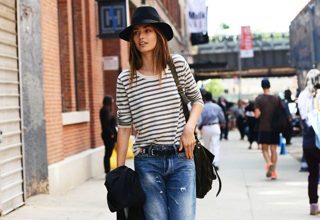 Hats, Street Fashion, Models Off Duty, Fashion Weeks, Street Style, Chic Street Style, New York Fashion, Boyfriends Jeans, Stripes