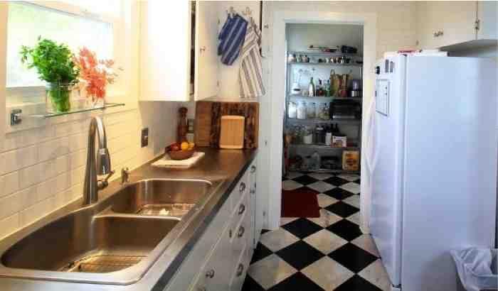 Budget DIY Stainless Steel Kitchen Counters............http://diyfunideas.com ========BEST DIY SITE EVER! Follow us!