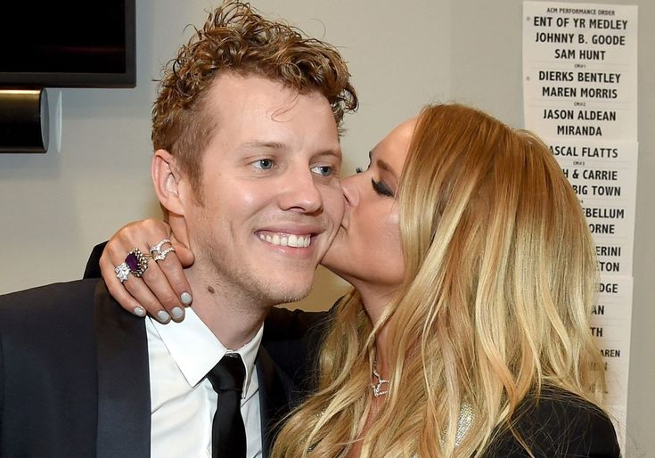 Blake Shelton Is Happy For Anderson East's Girlfriend Miranda Lambert, Thinks It Is Time To Move On From Divorce-Inspired Songs #BlakeShelton, #MirandaLambert celebrityinsider.org #Music #celebritynews #celebrityinsider #celebrities #celebrity #musicnews