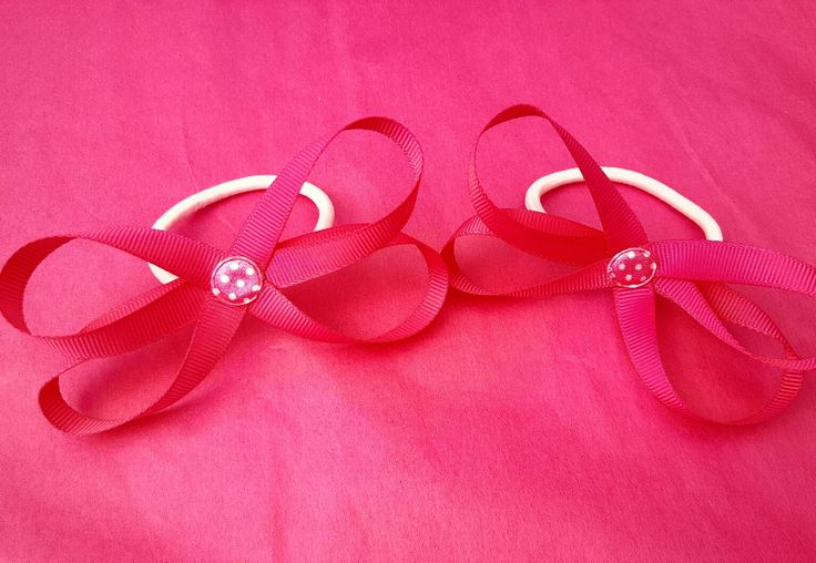 Bow bobbles in pink