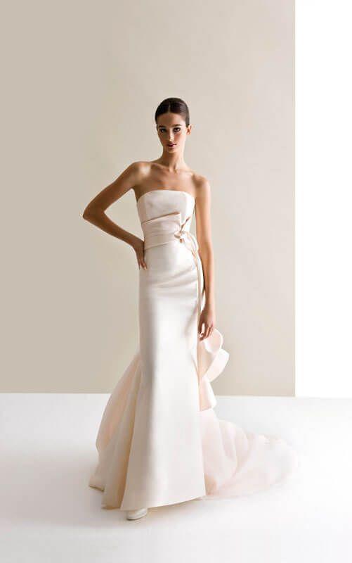 stile alla moda caratteristiche eccezionali eccezionale gamma di colori Abiti da sposa antonio riva prezzi | abiti da sposa nel 2019 ...