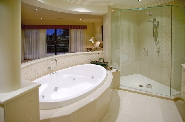 Gold Coast Unique Homes - Bathroom Ideas Custom Home Builder #luxuryhomes #bathrooms #shower