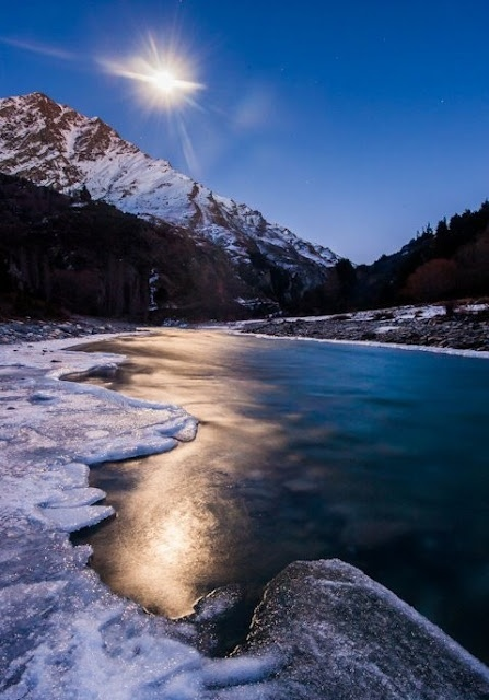 Moonlight over the frozen Shotover River, Queenstown, New Zealand | Most Beautiful Pages