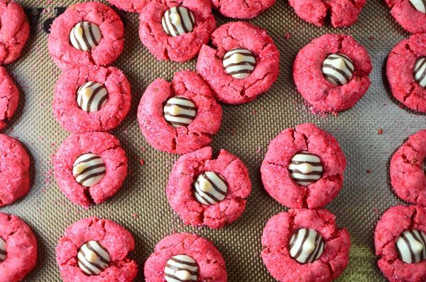 Pink Zebra cookies...great for any girly occasion!