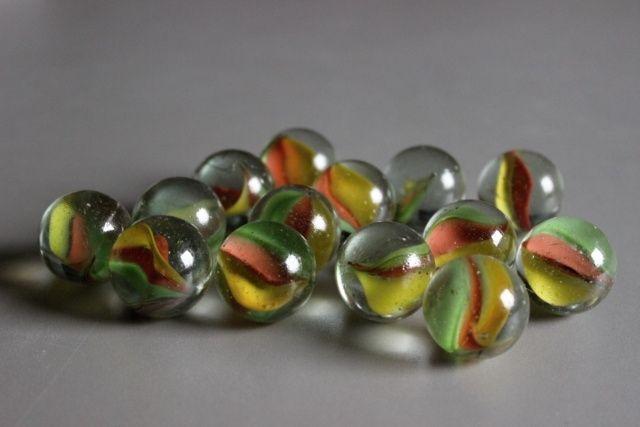 http://www.glass-sphere.com/katalog/169_sklenene-barevne-kulicky-25-mm1644.jpg