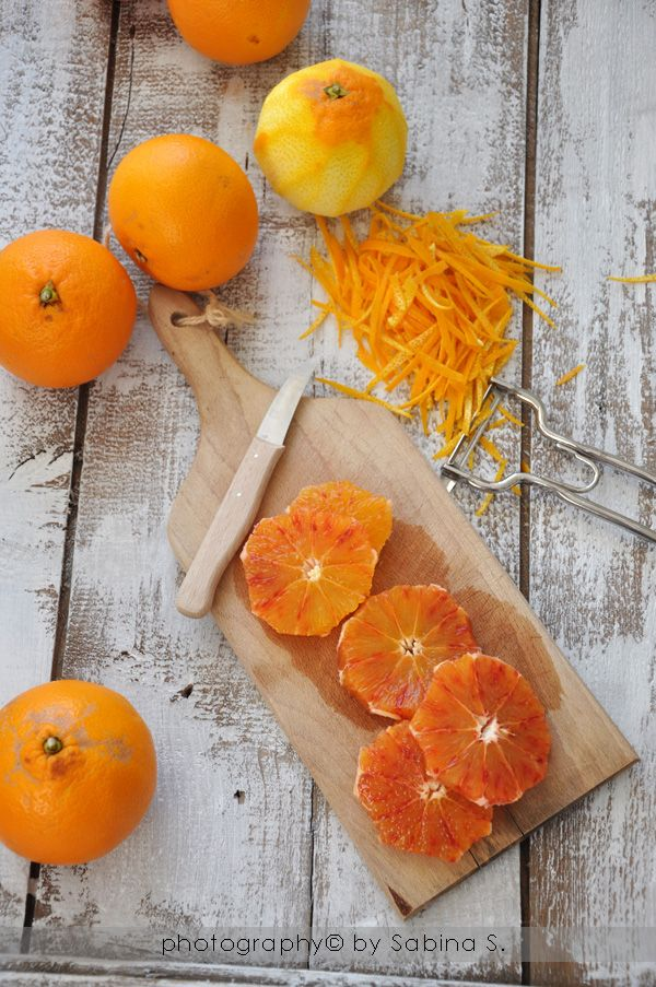 Due bionde in cucina: Marmellata di arance | #conserva #frutta | Nota di banallyoriginal: ho scelto questa ricetta perché non prevede l'ammollo delle arance per giorni, il che è un gran vantaggio per chi non saprebbe dove tenere un kilo di arance in ammollo :-)