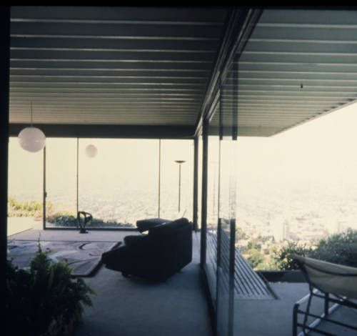 best ARCHITECTURE images on Pinterest   Case study                   julius shulman photographing pierre koenig s stahl house  case study house  in