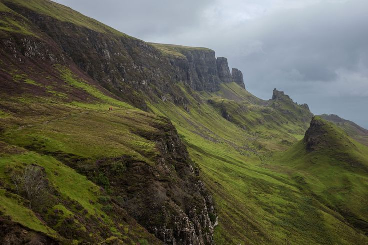Check out these pictures of Scotland from James Clear. http://jamesclear.com/photography/scotland