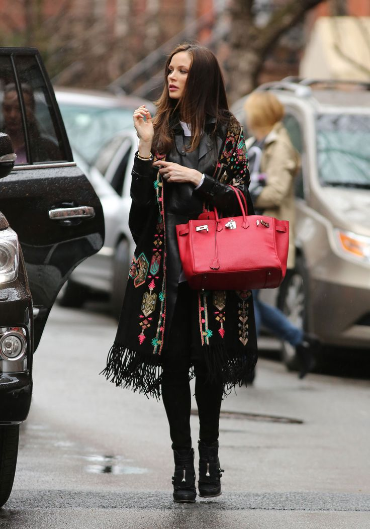 Georgina Chapman Steps Out in Spring's Most Swinging Trend – Vogue