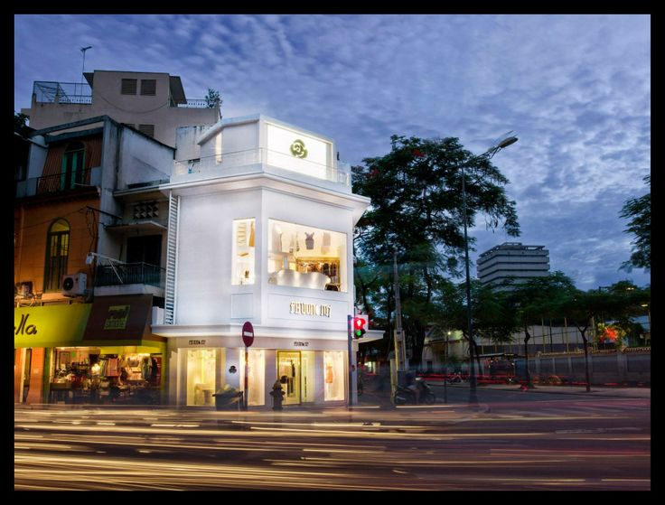 Store front of Phuong My flagship store