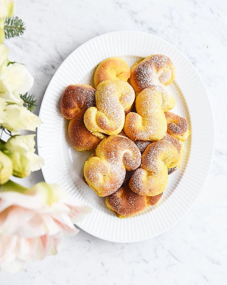 """1,037 gilla-markeringar, 41 kommentarer - Lisaabefelt (@lisaabefelt) på Instagram: """"Aldrig mer torra #lussekatter dessa är fyllda med smör & socker!😋recept på bloggen! 😍😋"""""""