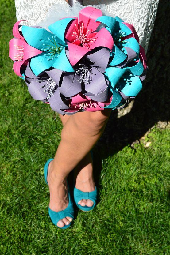 Hermosa combinación de zapatos de novia con su ramo de preciosos lirios (Ramo de novia Pink Cocktail)