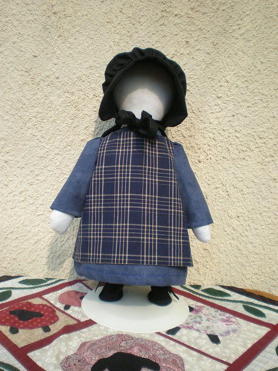 Amish doll, handgemaakte No-Face lappenpop, Rag doll met blauw geruit schort