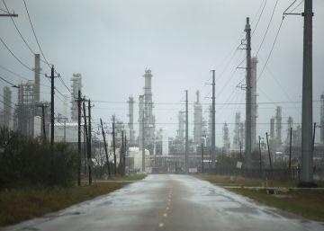Harvey paraliza el corazón de la infraestructura energética de EE UU