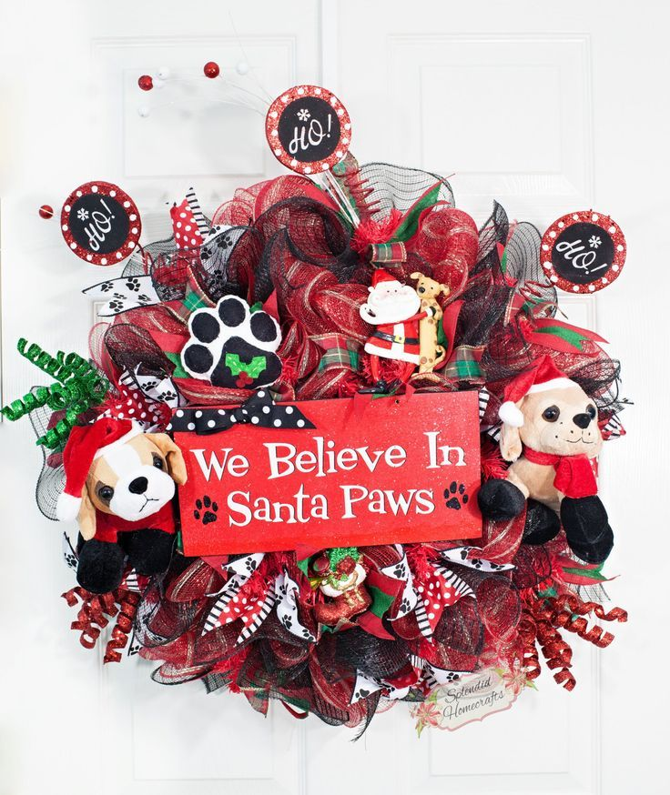 Check out this Santa Paws pet holiday decor! DIY this Christmas wreath or buy it on Etsy. (Click through for link...)