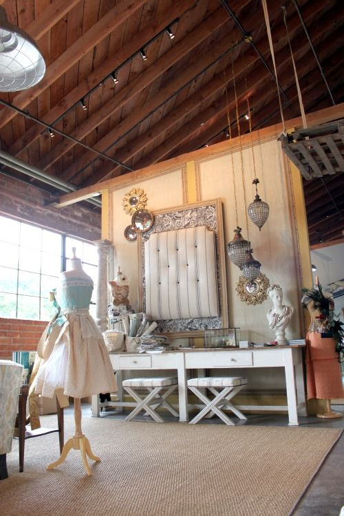 perhaps the best sewing studio EVER. This is what I want. Please. Oh yes, me to pretty please......