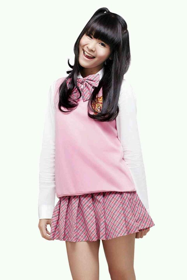She is Delima Rizky, has a smile as sweet as honey