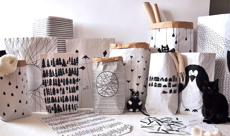 Papierowe worki #paperbags #storage #kidsdesign #szaryfika #blackandwhite #handpainted