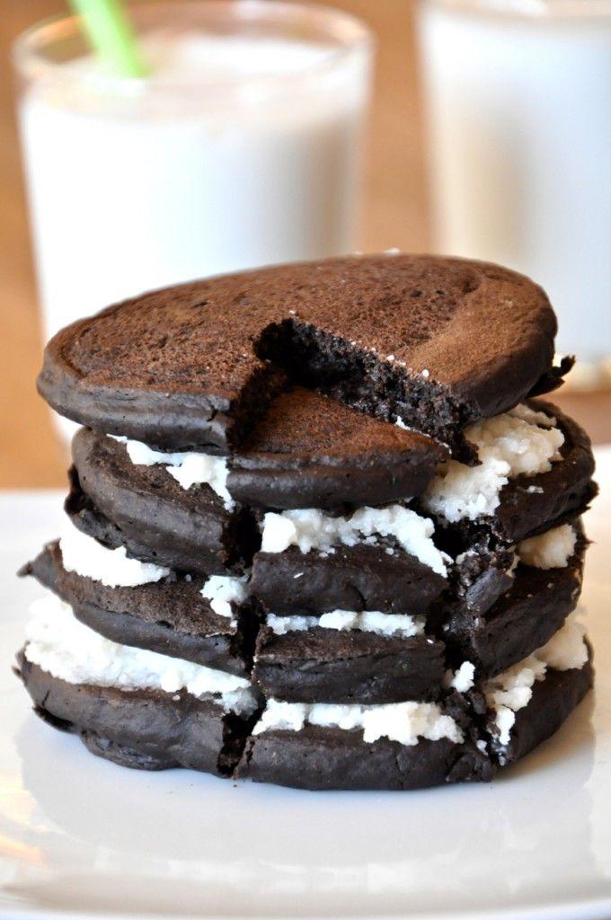 Oreo Cookie PancakesPancakes Recipe, Desserts Ideas, Healthy Breakfast, Oreo Pancakes,  Chocolates Syrup, Cookies Pancakes, Chocolates Sauce'S, Vegan Oreo, Oreo Cookies