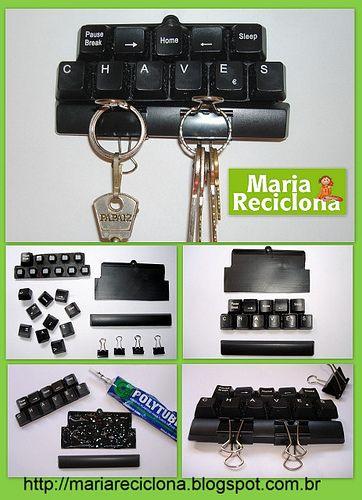 ** Maria Reciclona **: Porta Chaves com teclado de computador. Um presente reciclado para o dia dos Pais.